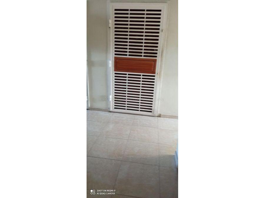 francisco r 416 9519523vende apartamento barquisimeto rah 21 9129