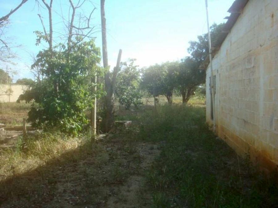 francisco r 416 9519523vende terreno parroquia el cuji rah 21 9162