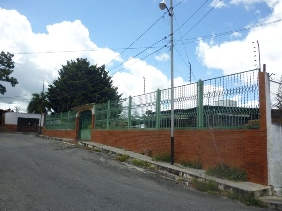 francisco r 416 9519523vende casa colinas de santa rosa rah 21 9602