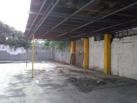 francisco r 416 9519523alquila local centro rah 21 8204
