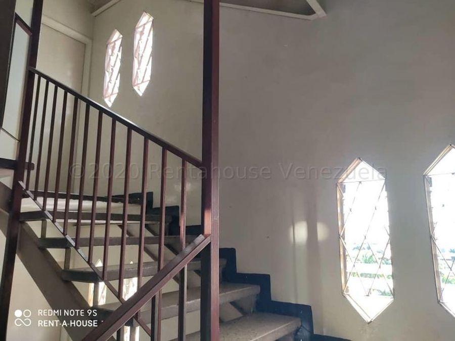 francisco r 416 9519523vende apartamento en barquisimeto 21 8719