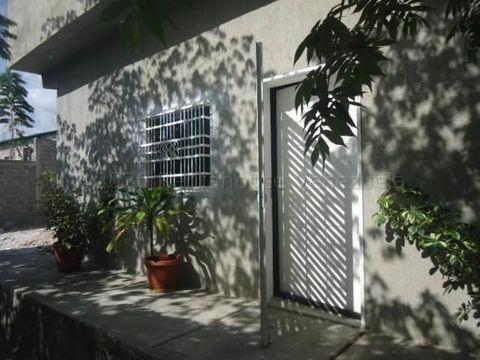 francisco r 416 9519523alquila casa santa rosa rah 21 1389
