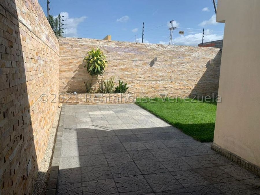maritza lucena 424 5105659 vende casa en la montanita 21 26640