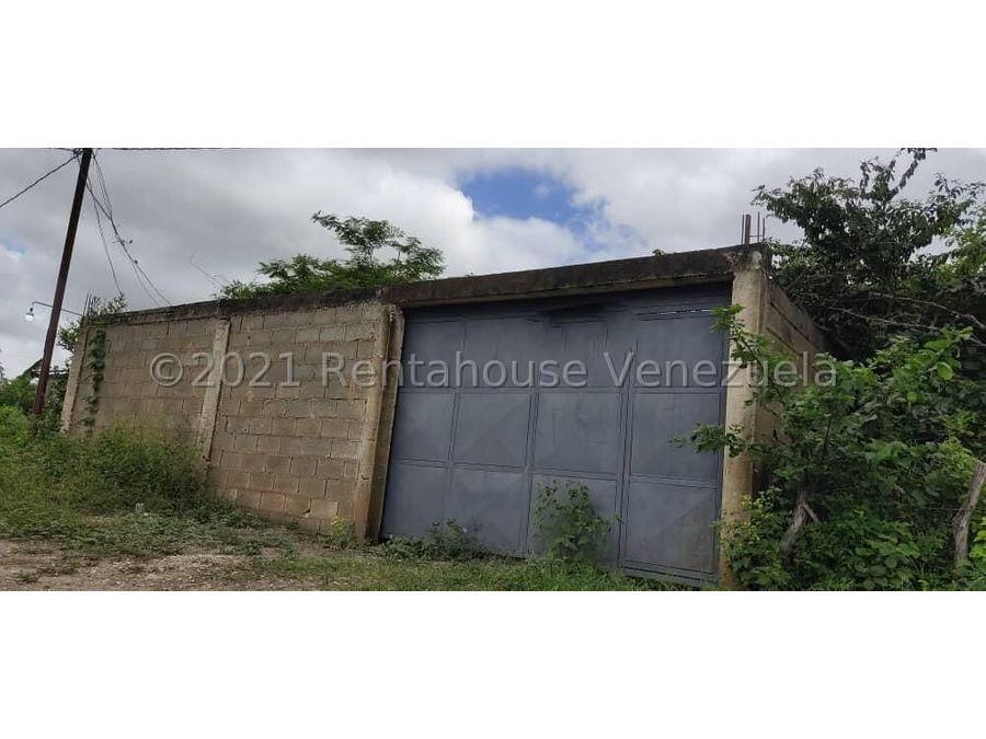 maritza lucena 424 5105659 vende terreno en cabudare 21 27458
