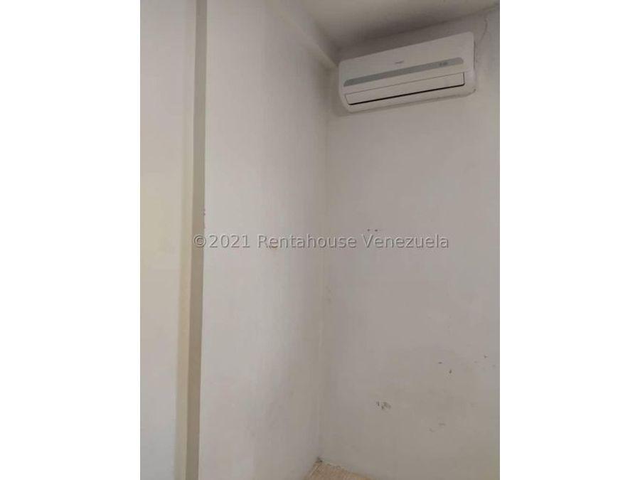 maritza lucena 424 5105659 vende casa en la piedad norte 21 27548