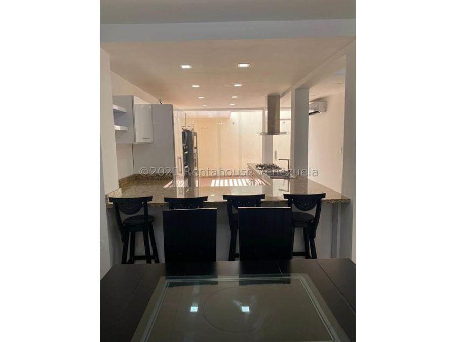 maritza lucena 424 5105659 vende casa en villa paris 21 27706
