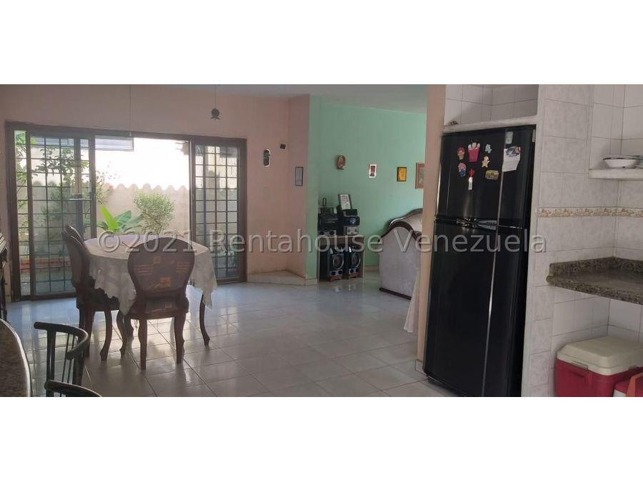 maritza lucena 424 5105659 vende casa en cabudare 21 27721