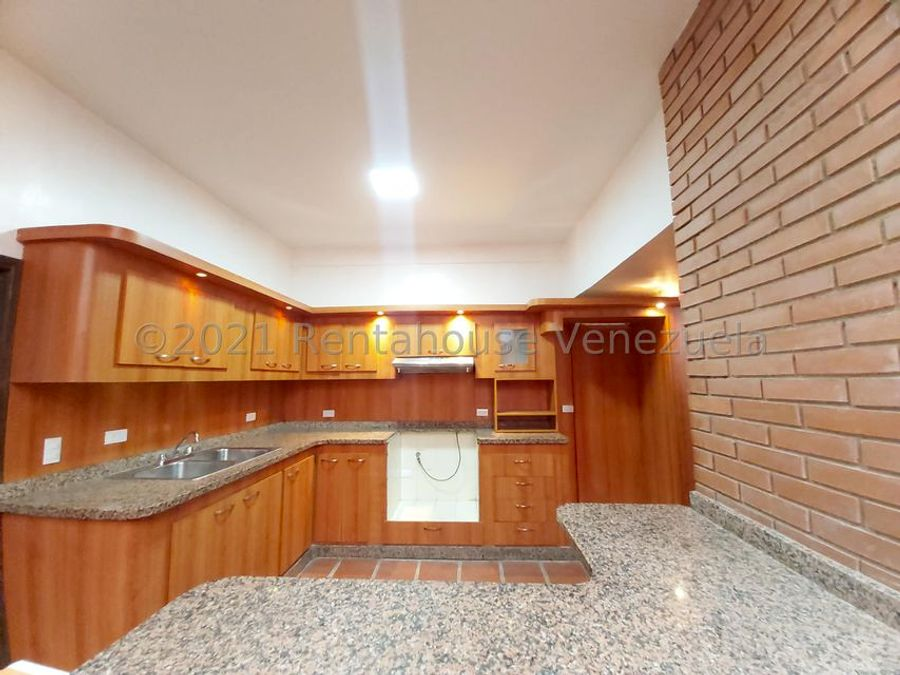 maritza lucena 424 5105659 vende casa en copacoa 21 27868