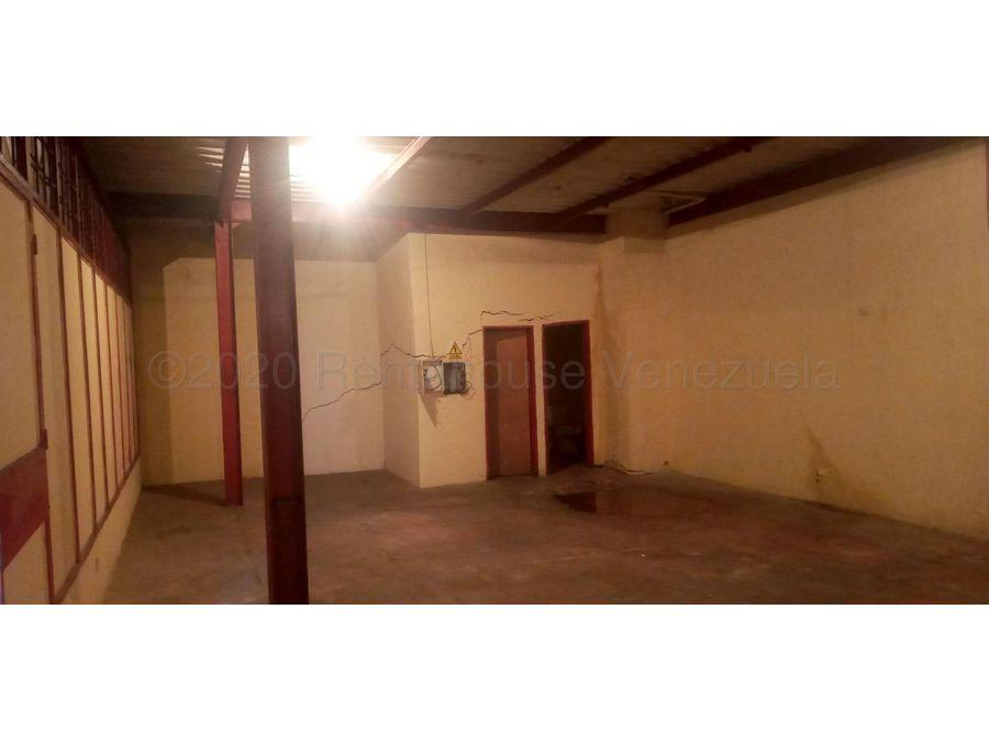 maritza lucena 424 5105659 vende local en centro 21 27947
