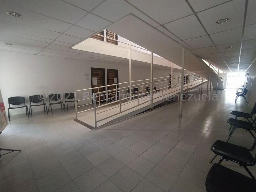 maritza lucena 424 5105659 alquila oficina en centro 21 25274