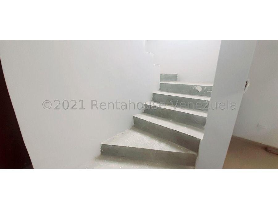 maritza lucena 424 5105659 vende casa en villas del carmen 21 25609