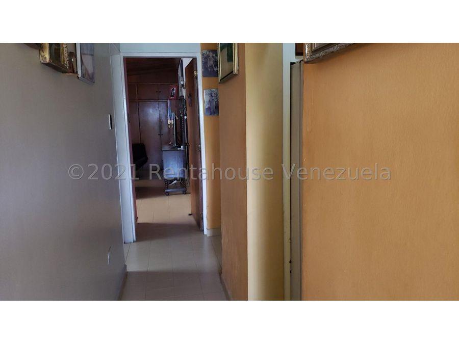maritza lucena 424 5105659 vende casa en la hacienda 21 25678