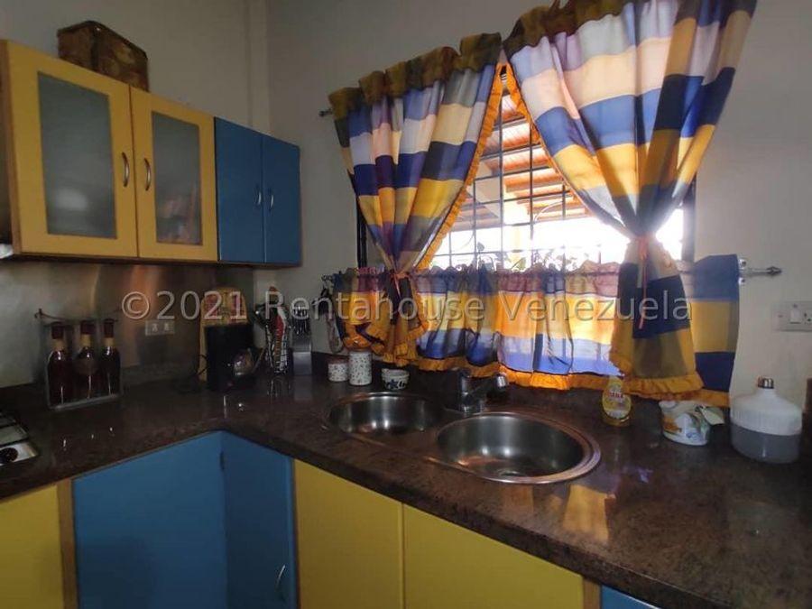 maritza lucena 424 5105659 vende casa en la piedad norte 21 25741