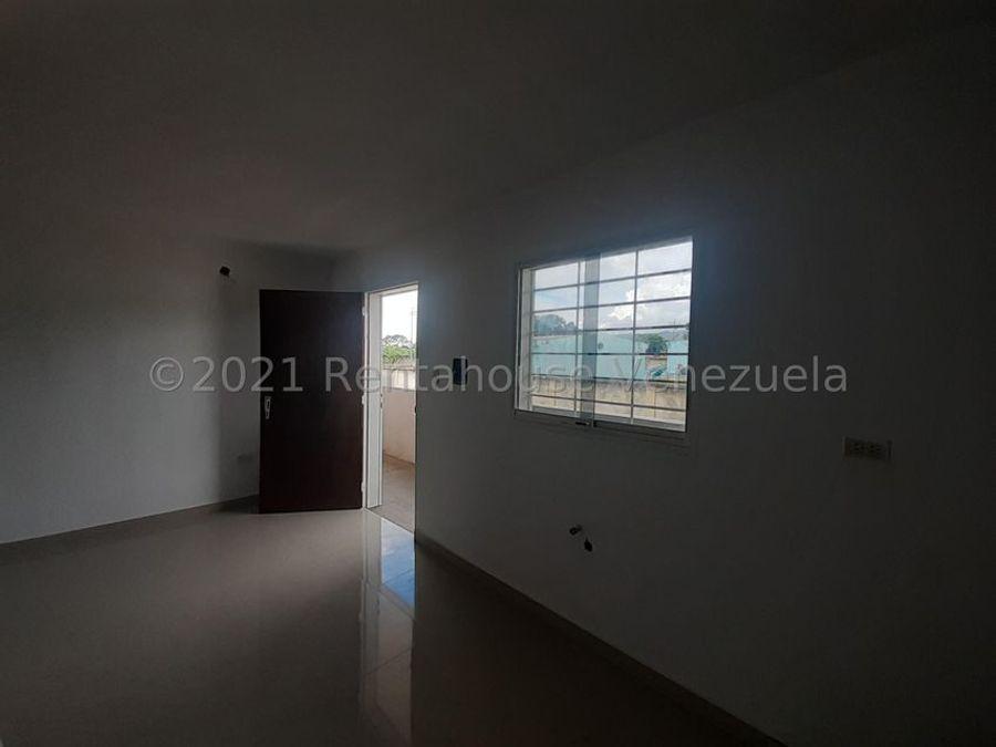 maritza lucena 424 5105659 vende apartamento en el placer 21 25901