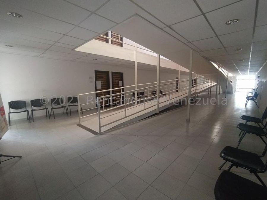maritza lucena 424 5105659 alquila oficina en centro 21 26585