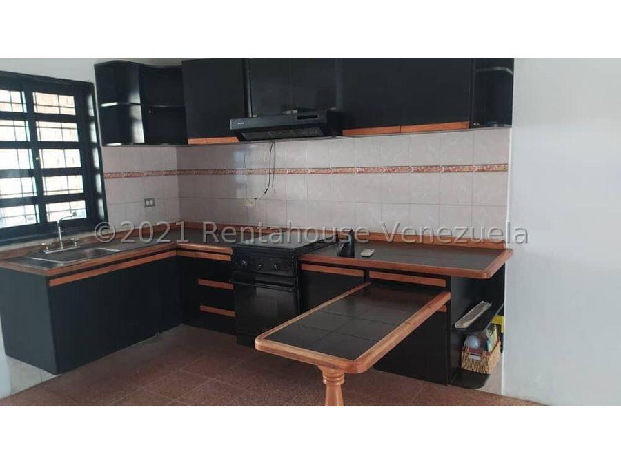 maritza lucena 424 5105659 vende casa en el placer 21 28034