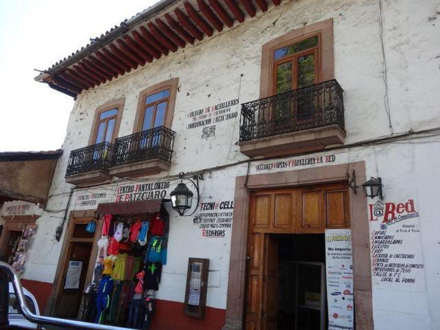 casa comercial en venta en el centro de patzcuaro