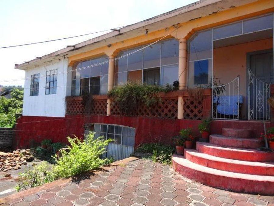casa centrica en venta en patzcuaro para remodelar