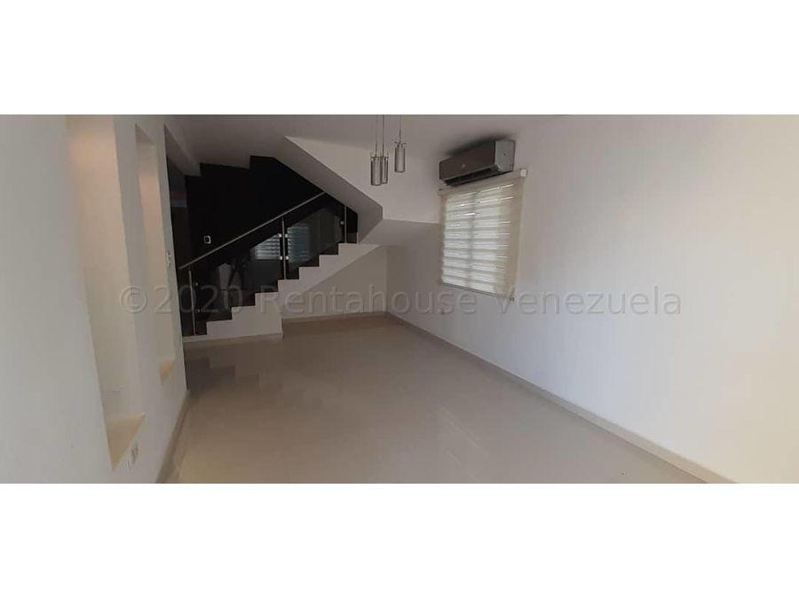 dl casa en venta trapiche villas 21 6408