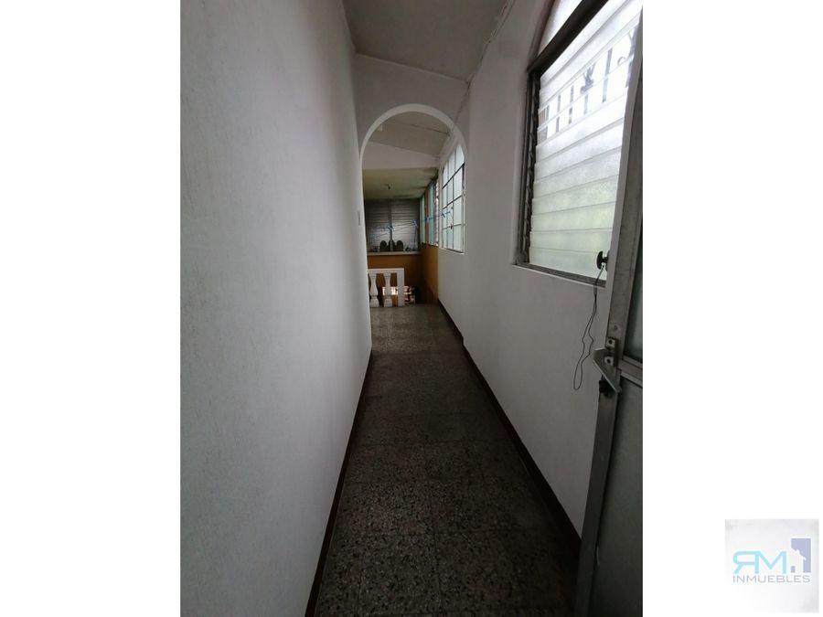 se vende casa en zona 16 colonia lourdes