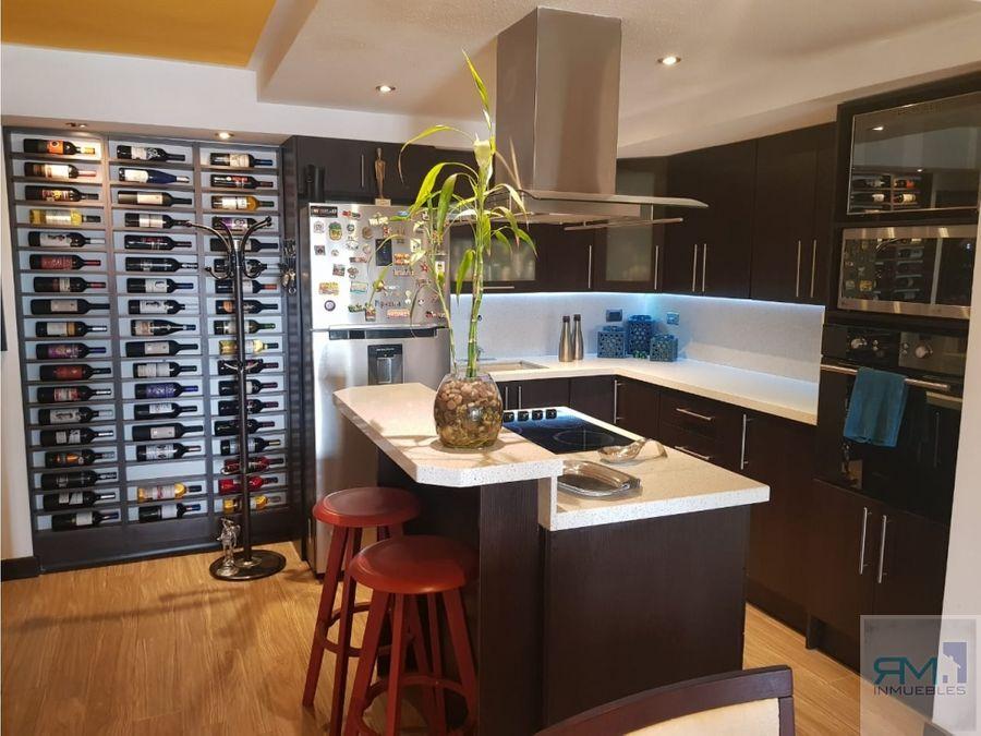 se vende apartamento en jardines de las charcas 3 torre premium