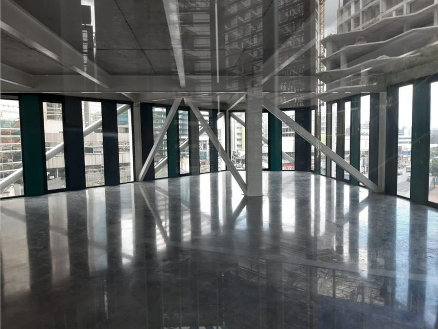 alquilo oficina nueva en xpo1 zona 4