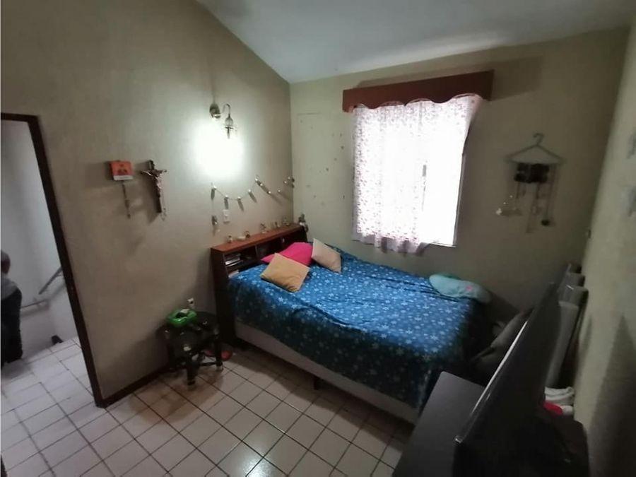 se vende casa en altos de san jose villa nueva