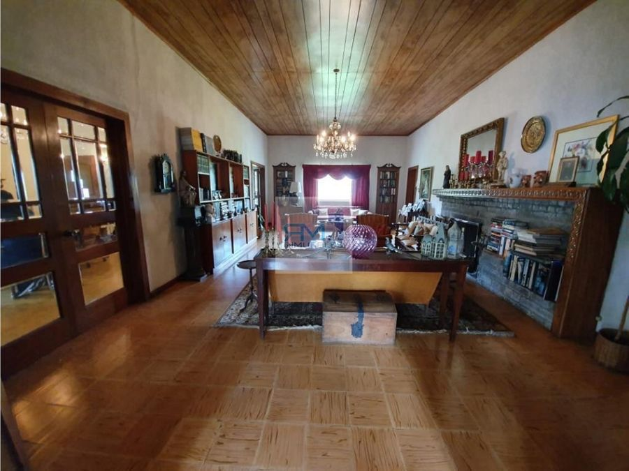 se vende casa en zona 10 colonia oakland