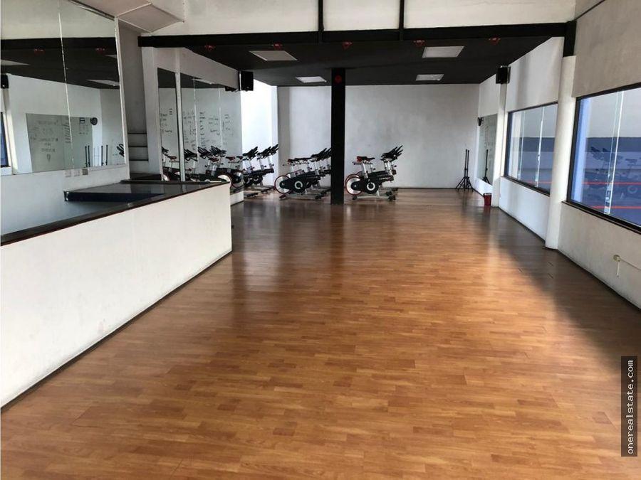 zona 10 local dentro de gym 108 mts2