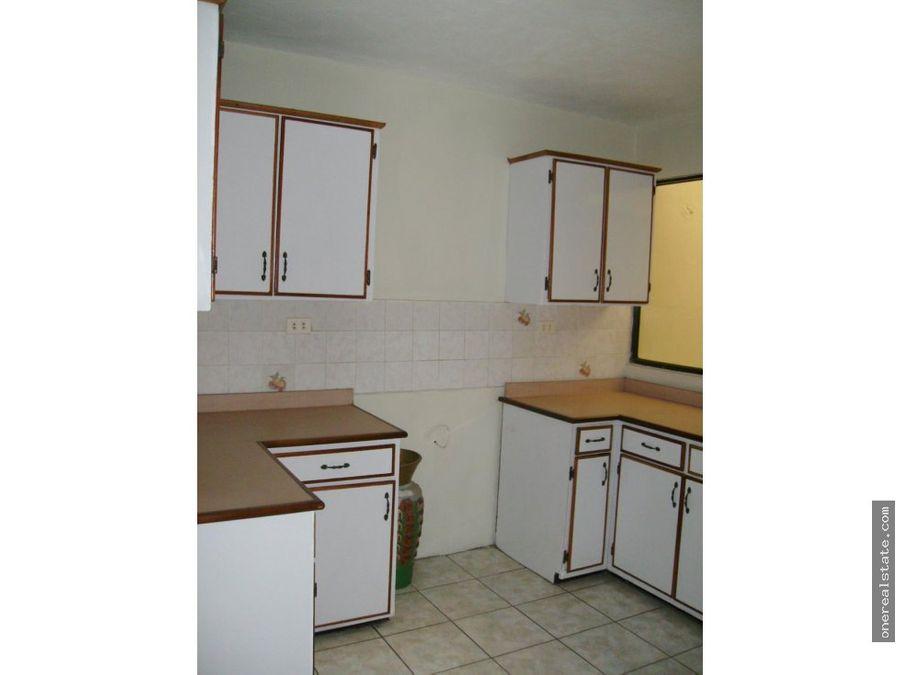 vendo casa en zona 8 de mixco