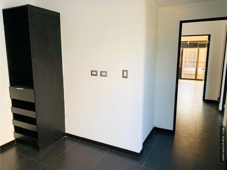 zona 14 casa 3 dormitorios pasaje la villa