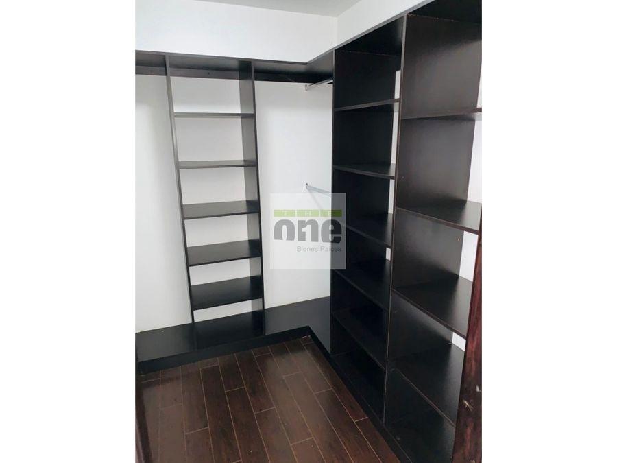 zona 14 attica de 3 dormitorios