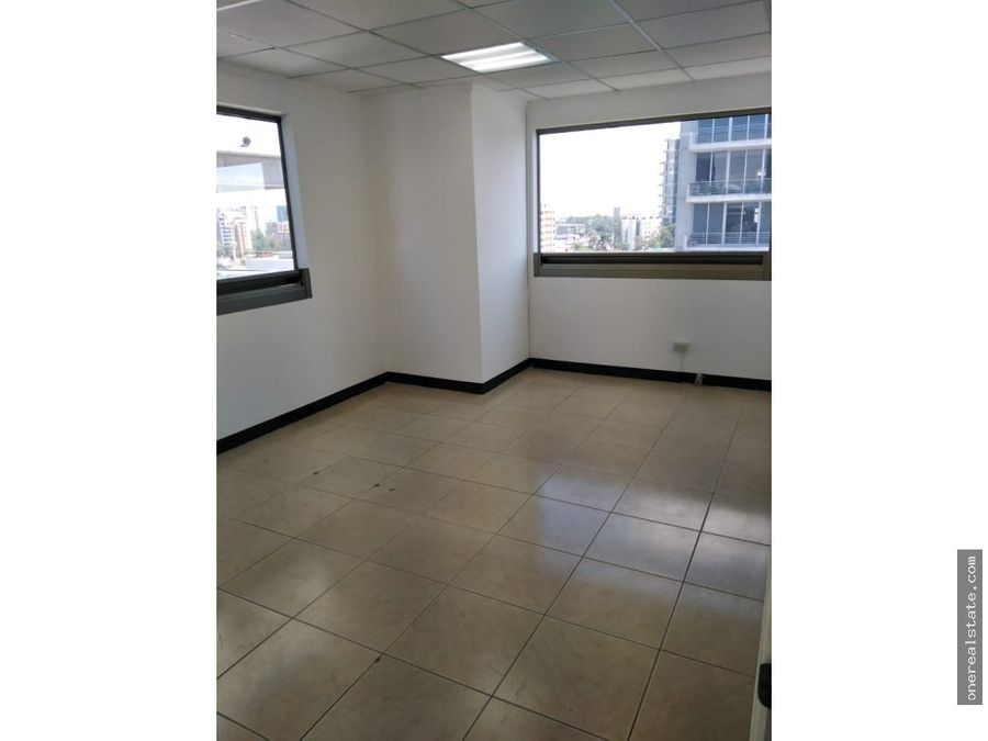 zona 10 oficina 97 mts2 en el torino