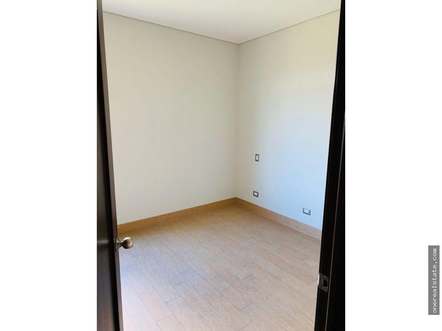 zona 10 apartamento 2 dormitorios amueblado