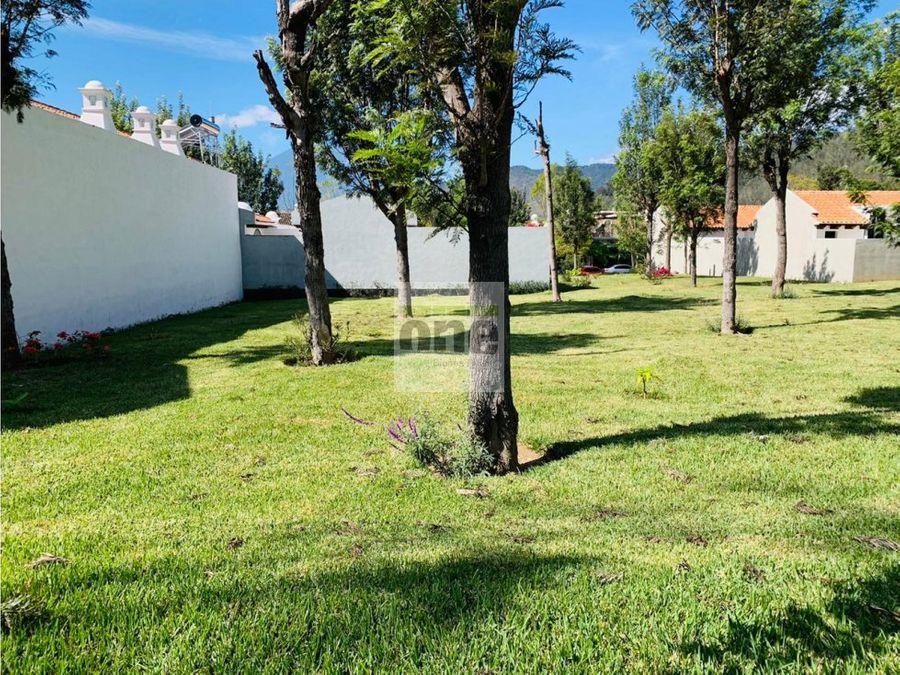 gavrileas y jacarandas antigua guatemala terreno 15 x 30 mts