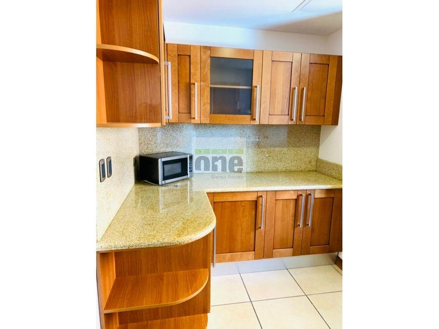 zona 14 apartamento amueblado 2 dormitorios