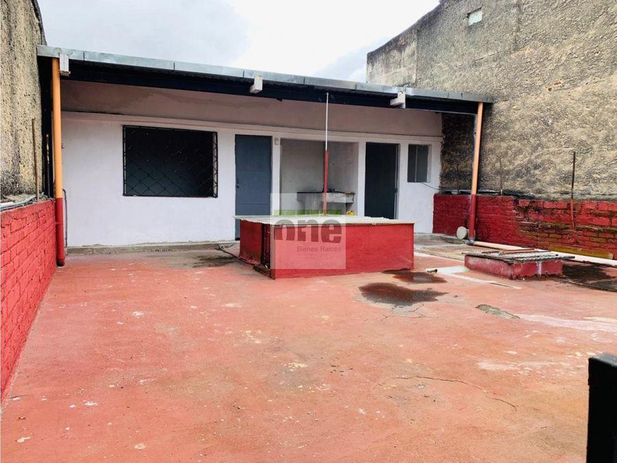 zona 10 centrica casa en venta cercana centro medico y la universidad