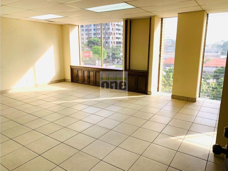 zona 9 alquilo oficina de 60 mts2