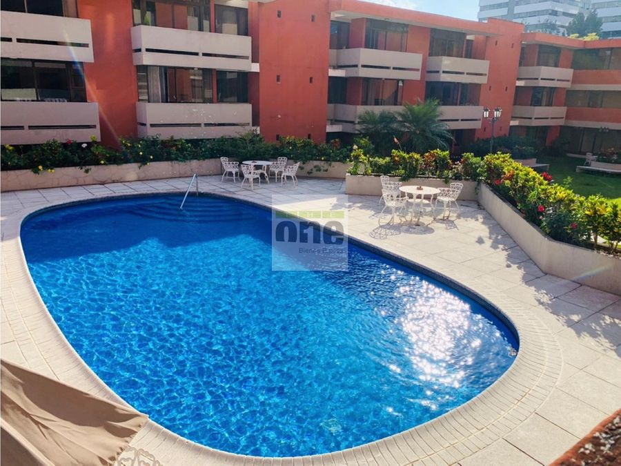 zona 10 villa real alquilo apartamento 2 dormitorios