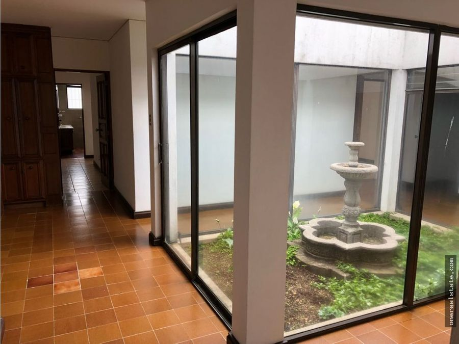 zona 15 casa de 1 nivel en san lazaro