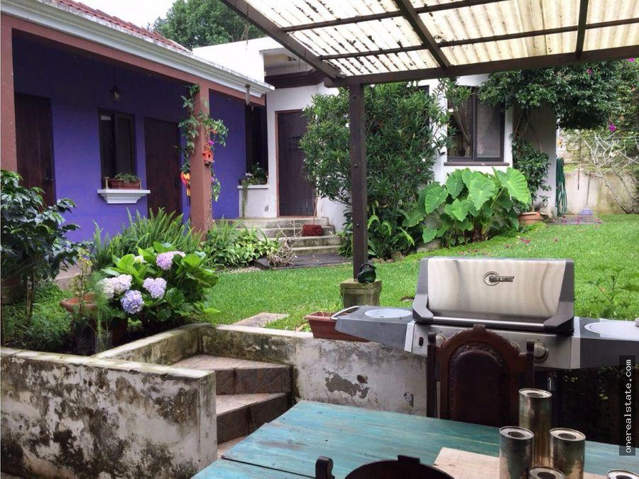 la fontana 1 casa con apartamento independiente