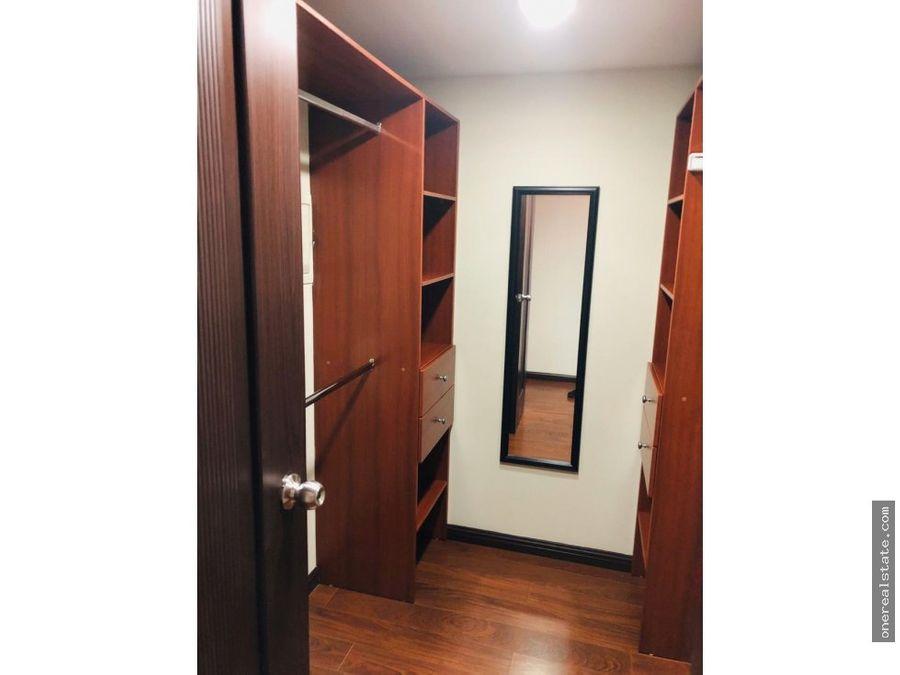 zona 14 dali alquilo apartamento de 3 dormitorios