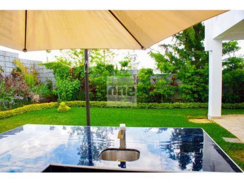 la fontana 1 km 25 ces casa en venta con jardin