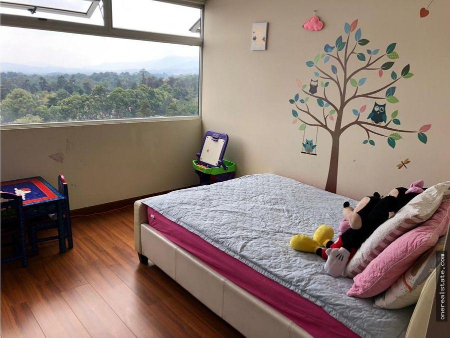 zona 11 las gemas apartamento de 3 dormitorios