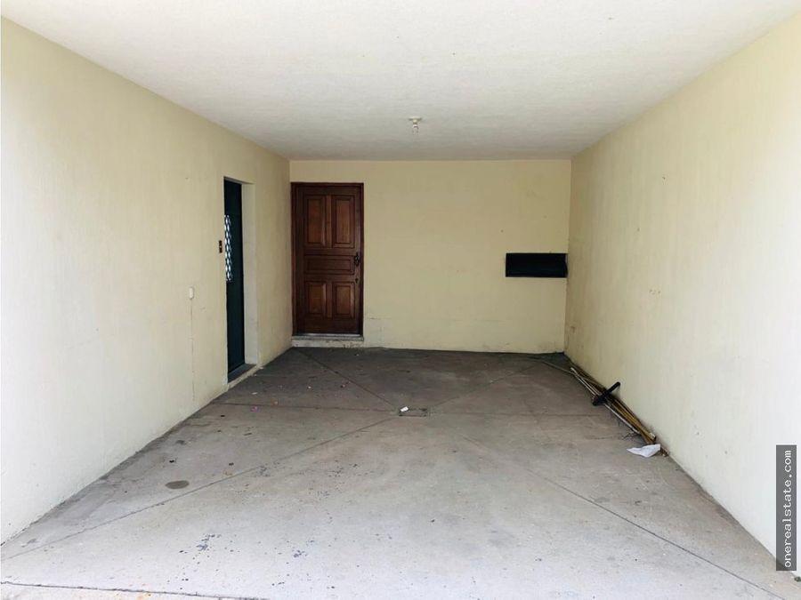 zona 10 alquilo casa fuera de garita para oficina o vivienda