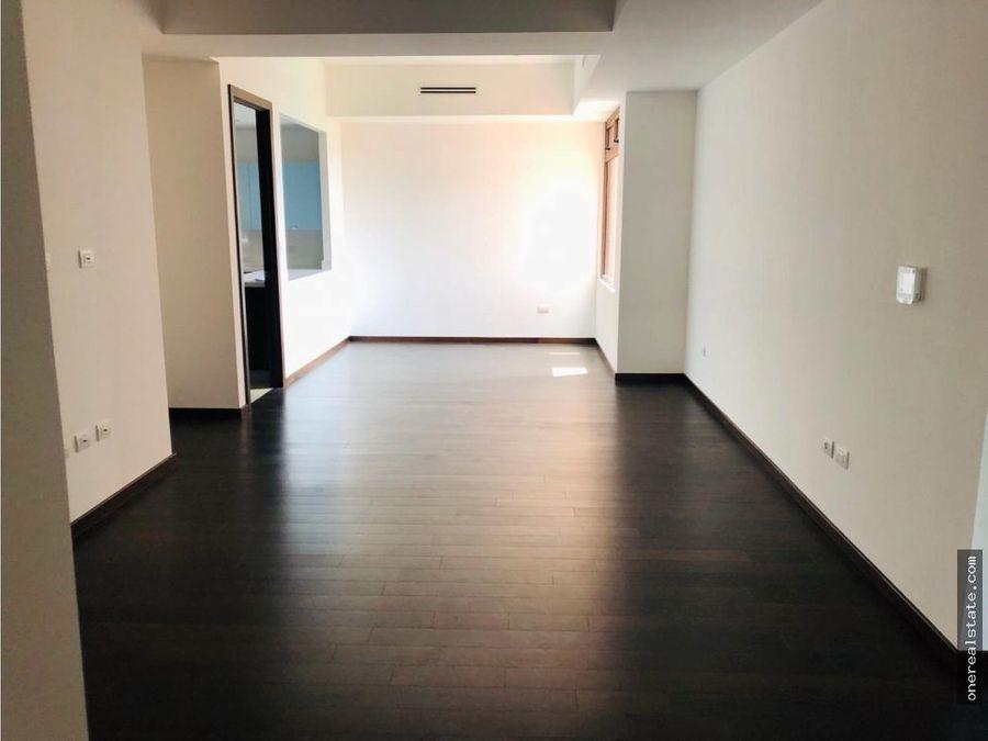 zona 14 de 3 dormitorios 320 mts2