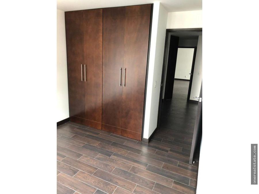 zona 14 attica apartamento alquiler 3 dormitorios