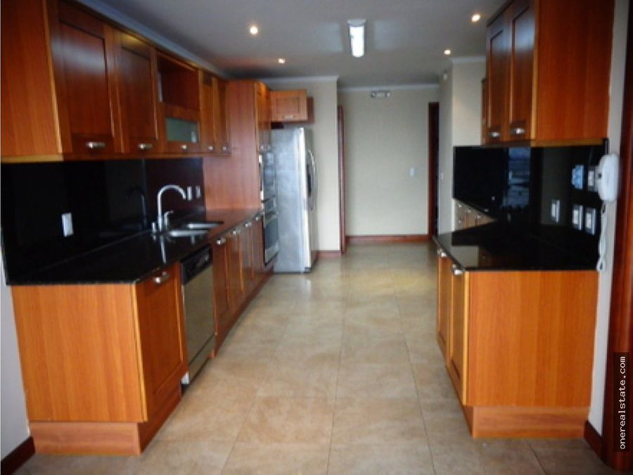 zona 14 lujoso apartamento en tadeus