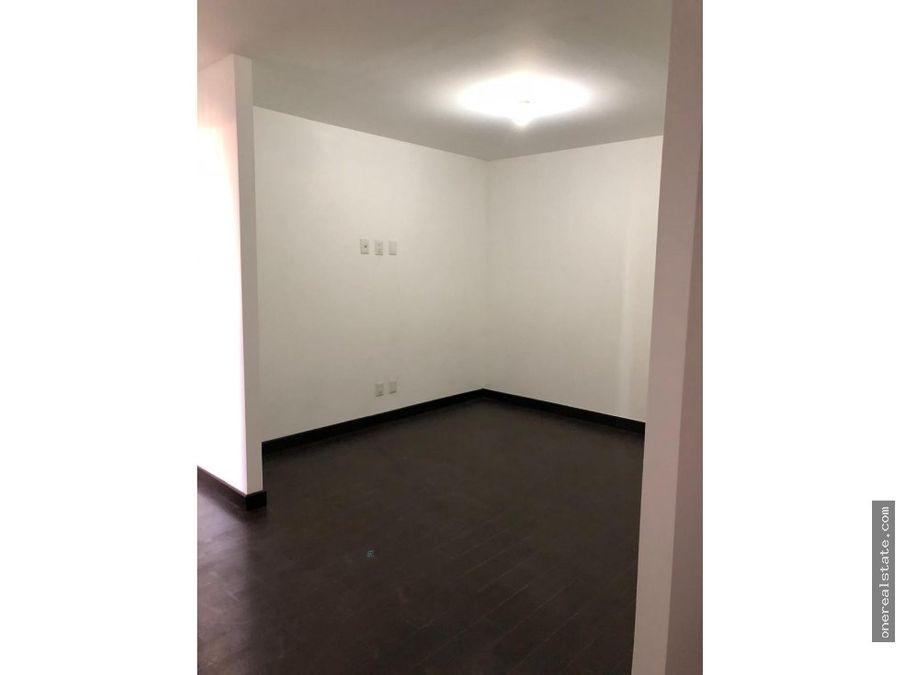 zona 14 en venta attica de 2 dormitorios