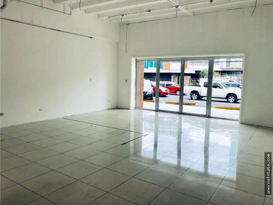 zona 10 alquilo local comercial de 141 mts